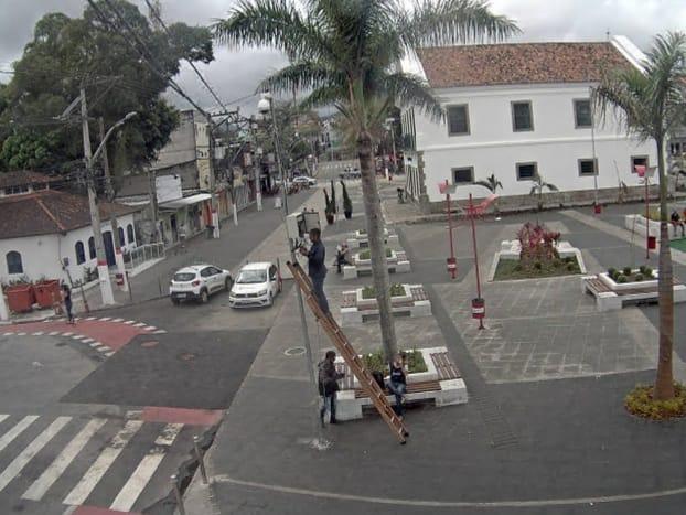 Câmeras praça